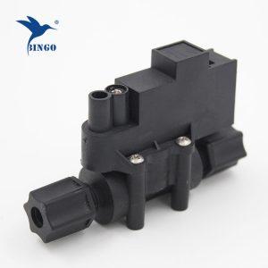 Interruttore ad alta pressione rapido nel sistema idrico RO